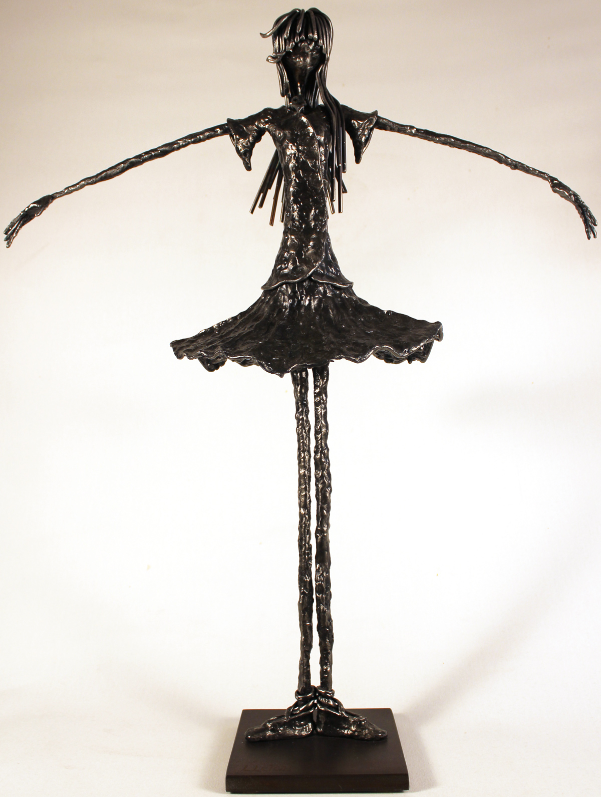 Leon Leigh, Steel Sculpture, Untitled Click to enlarge